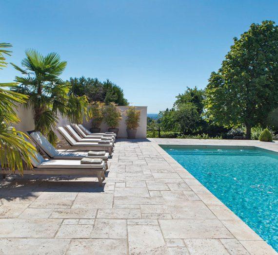 Quelle terrasse autour de sa piscine ?